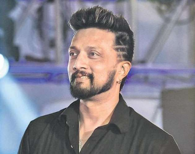 sudeep-excited-work-with-chiranjeevi-for-sye-raa-movie_g2d